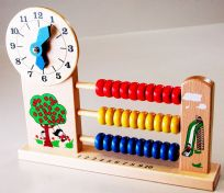 CLOCK AND COUNT EDUCATIONAL WOODEN TOY ABACUS BEADS BRIGHTLY COLOURED